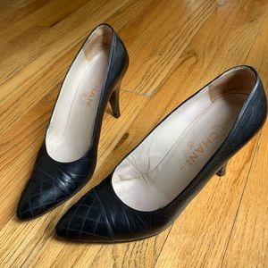 Vintage Chanel Cap Toe Heels - Sz 37.5 A